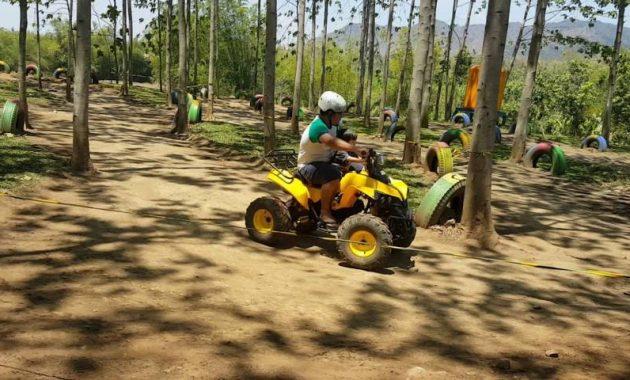 Wahana ATV di bukit dhoho indah kediri