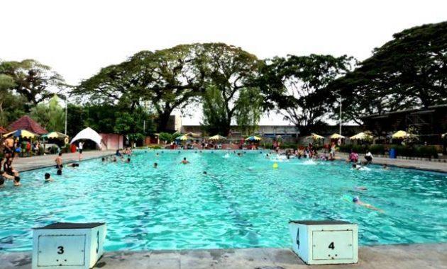 Wisata kolam renang tirtoyoso kediri