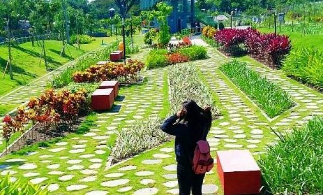 Keindahan taman hijau SLG