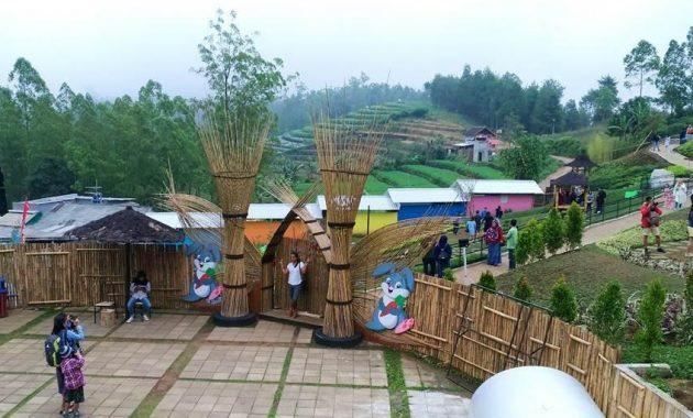 Fasilitas wisata taman kelinci pujon malang
