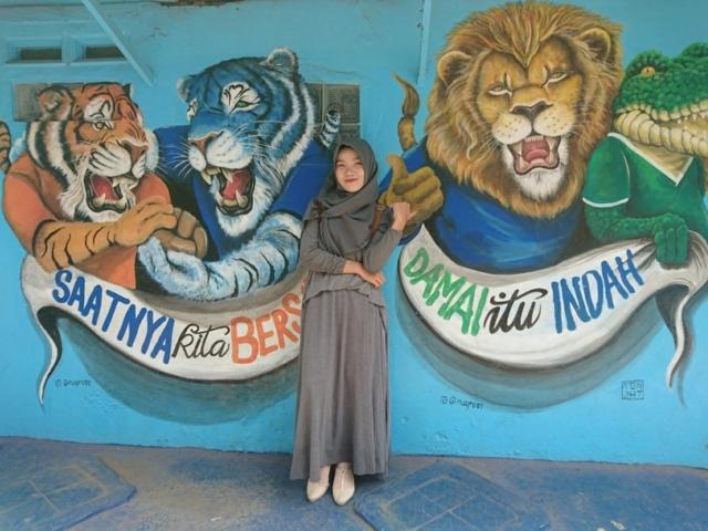 Tiket Masuk Wisata Kampung Biru Arema Malang