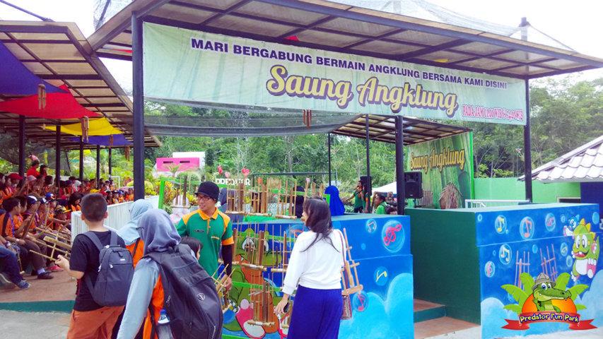 Wahana saung angklung predator fun park batu malang