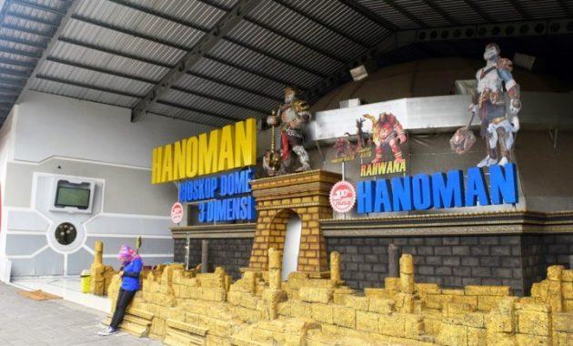 Hanoman bioskop 3d eco green park batu malang