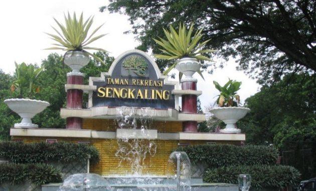Harga tiket masuk taman rekreasi sengkaling water park malang