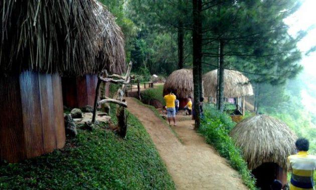 Review goa pinus batu malang rumah papua