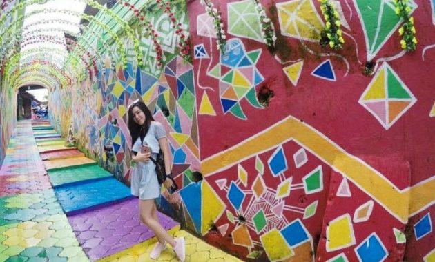 Jam buka kampung warna warni jodipan malang