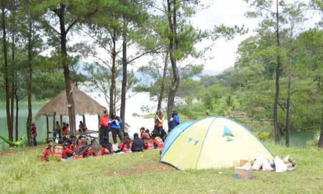 Camping-di-ranu-gumbolo-tulungagung